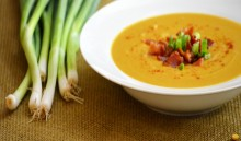 Creamy peas soup main