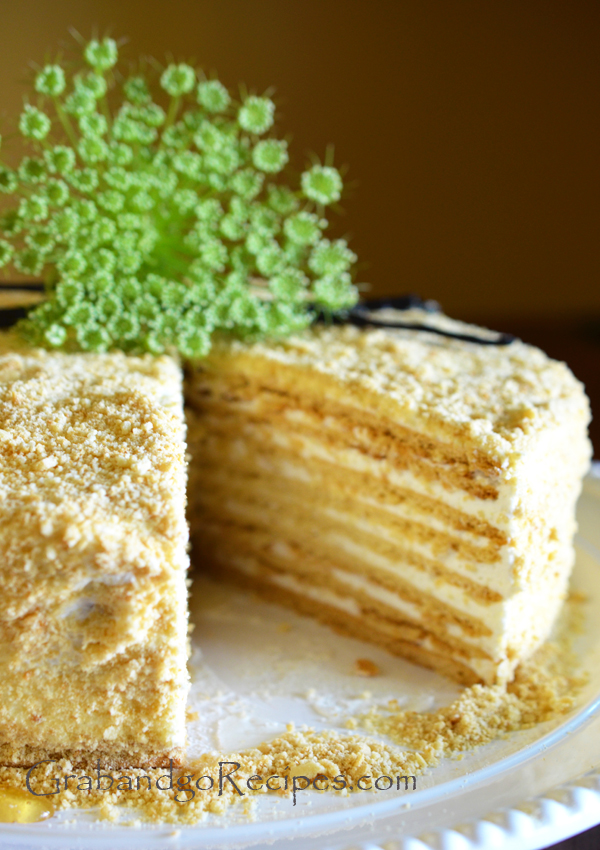 Honey cake with cream filling