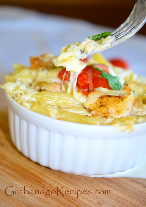 Chicken Alfredo pasta baked