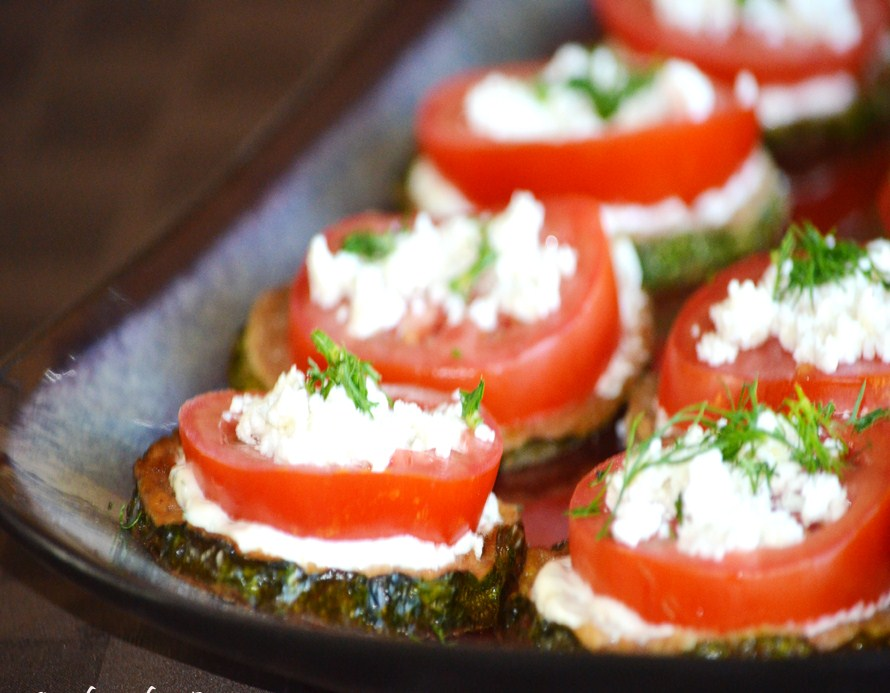 zucchini rounds with tomato and feta. Black Bedroom Furniture Sets. Home Design Ideas