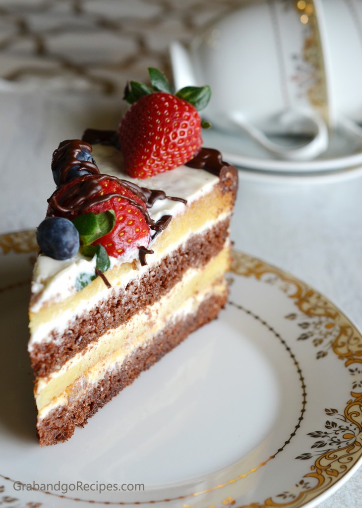 Russian Chocolate Sour Cream Cake