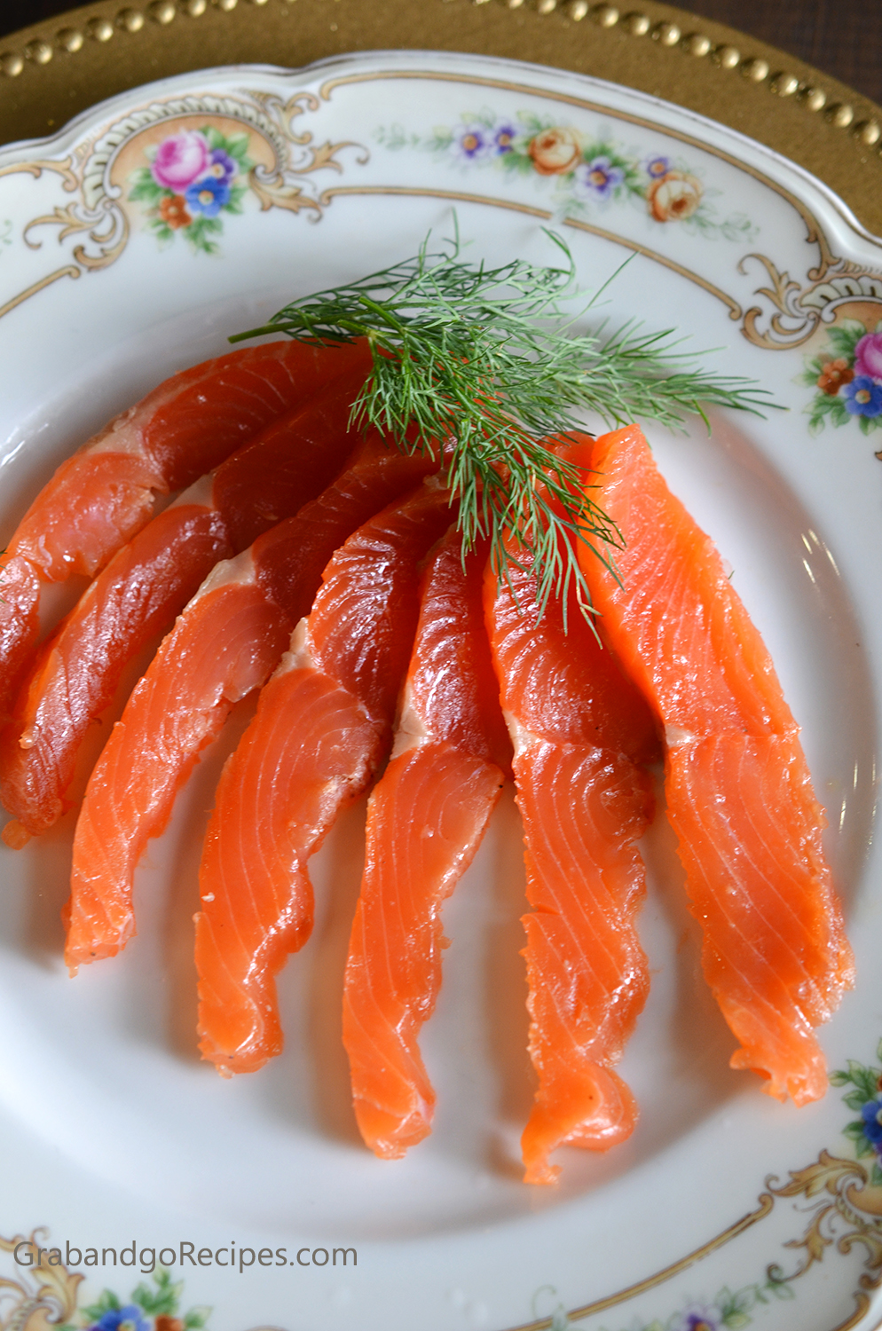 Salt cured salmon with vodka dill and spices for Salt cured fish